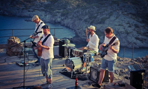 BAND JACOB Cap de Creus Cadaques Photo by Mara Bermejo